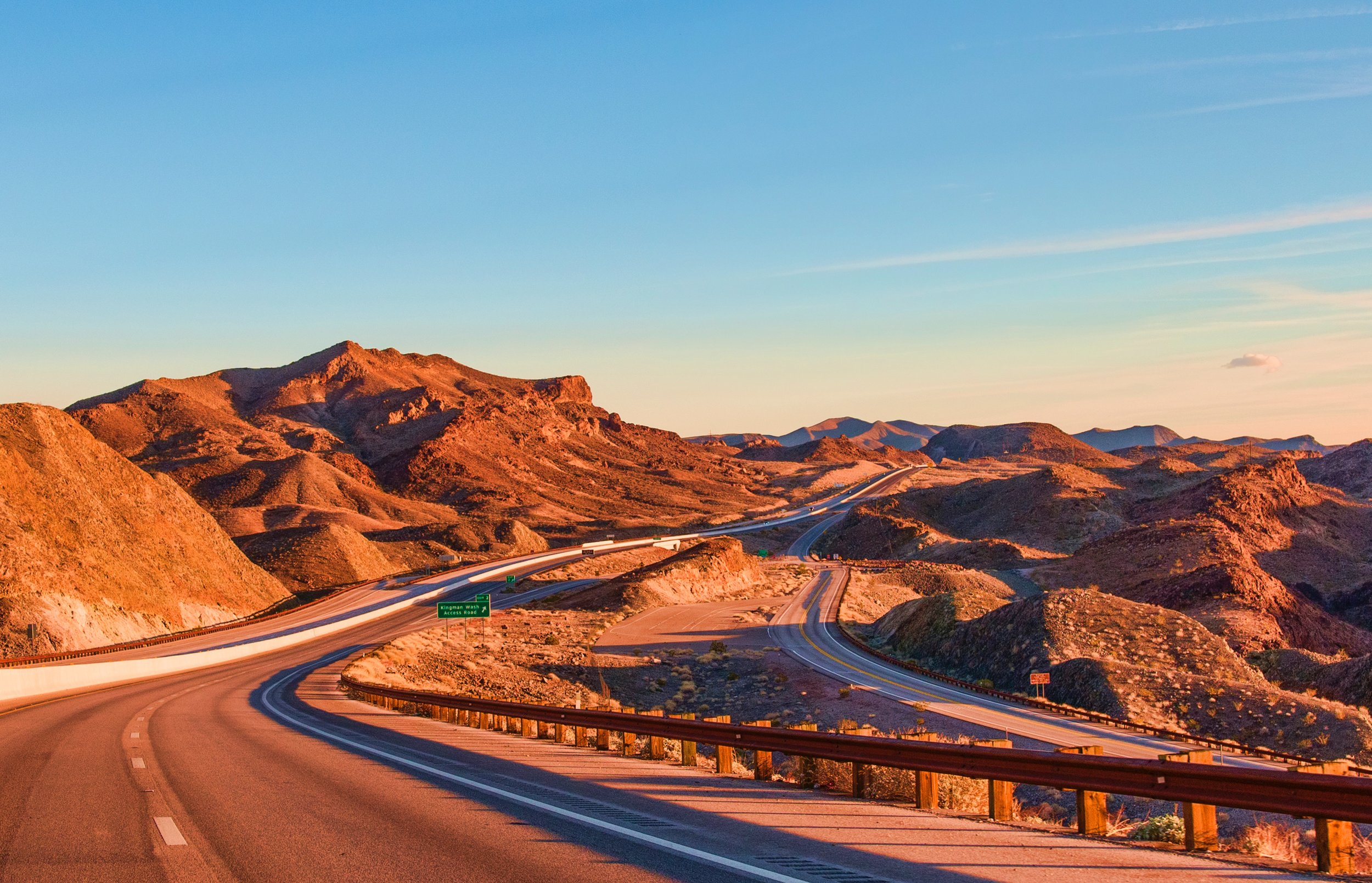 Deserts in the USA. Photo source Quintin Gellar on Pexels.