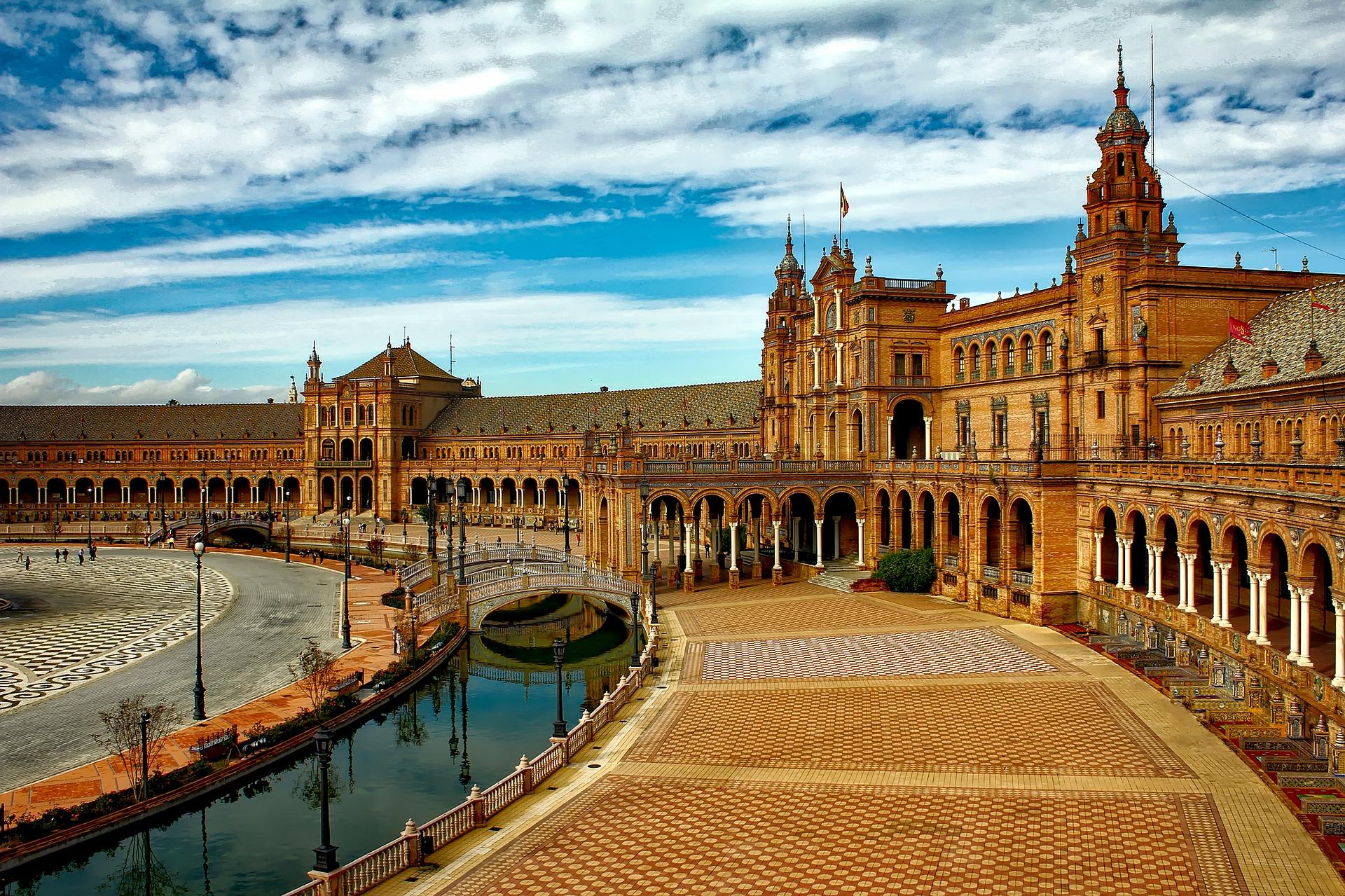 Plaza de España, Sevilla, Seville, España, Spain. Photo by 12019 on Pixabay