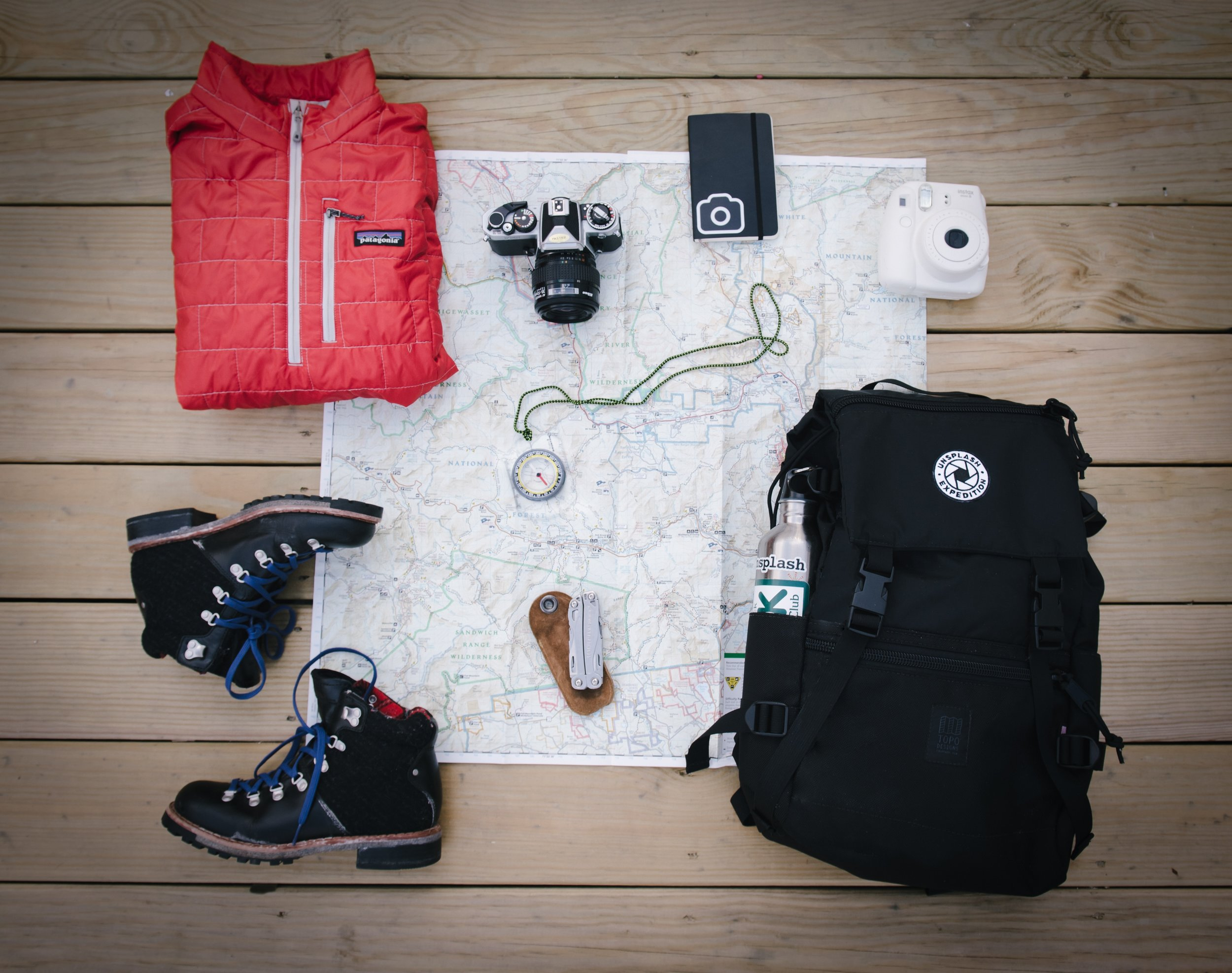 As unrealistic as I think images like these are, I do believe you have to learn what are YOUR essentials for a weekend trip so you can pack accordingly.