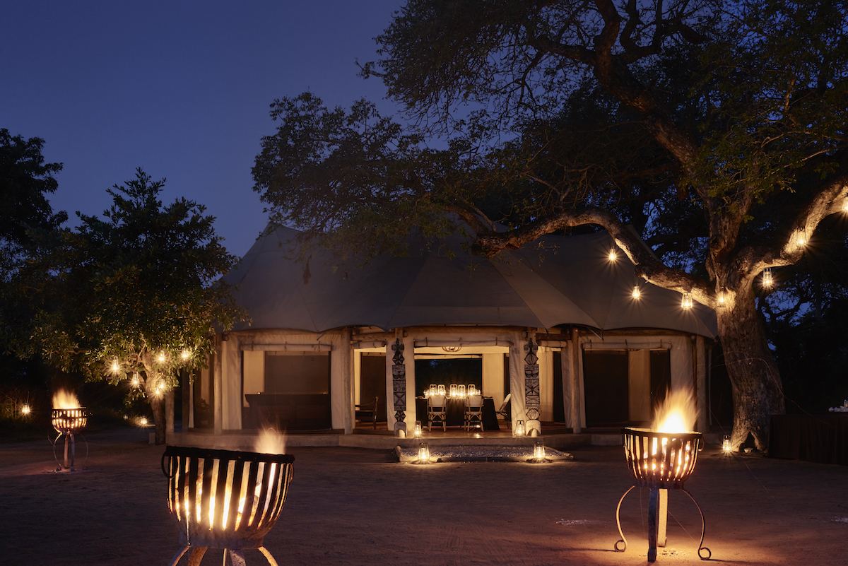 Royal Malawane Safari Lodge. Client: The Royal Portfolio. Art director: Paul Duncan. Stylist: Nathalie Williams.