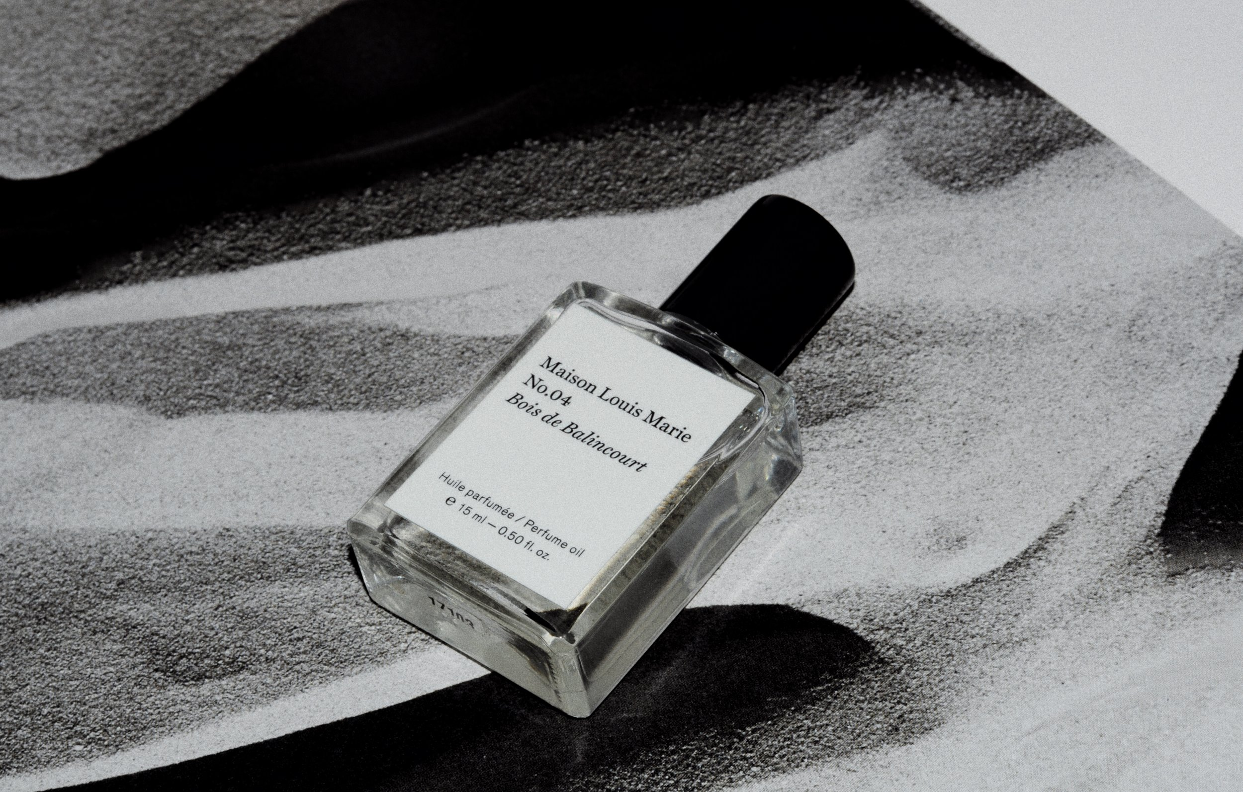 - MAISON LOUIS MARIE - No. 04 BOIS DE BALINCOURT: MLM offers an incredible selection of scents at relatively affordable prices. They have quickly become one of my favorite brands for the quality of the scents and gorgeous packaging.This scent is THE perfect stand alone or layering scent. It's small, but mighty. Since it's a perfume oil, you only need a few drops to smell incredible all day. These are also great for prolonging the scent of your traditional Eau de Parfums and combining scents.This fragrance is an almost dupe for Le Labo's popular Santal33 and Diptyque's Tam Dao.It's the perfect combination of woods and light spices that make this perfectly unisex and everyday wear.Notes include: Sandalwood, Cedarwood, Vetiver, Nutmeg, Cinnamon, and Amber Wood.