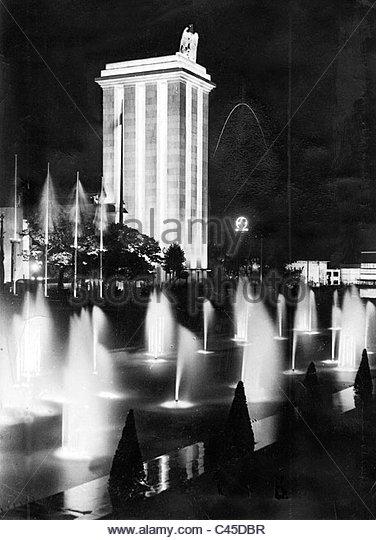 german-pavilion-at-the-world-exhibition-in-paris-1937-c45dbr.jpg