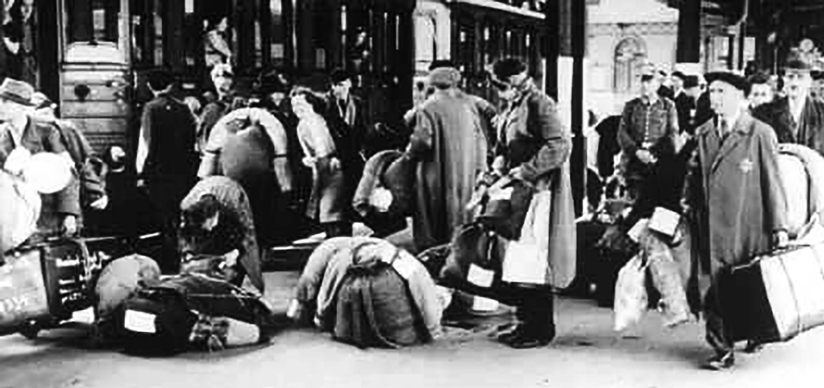 deportation-of-jews-from-hanau-outside-frankfurt-am-main.jpg