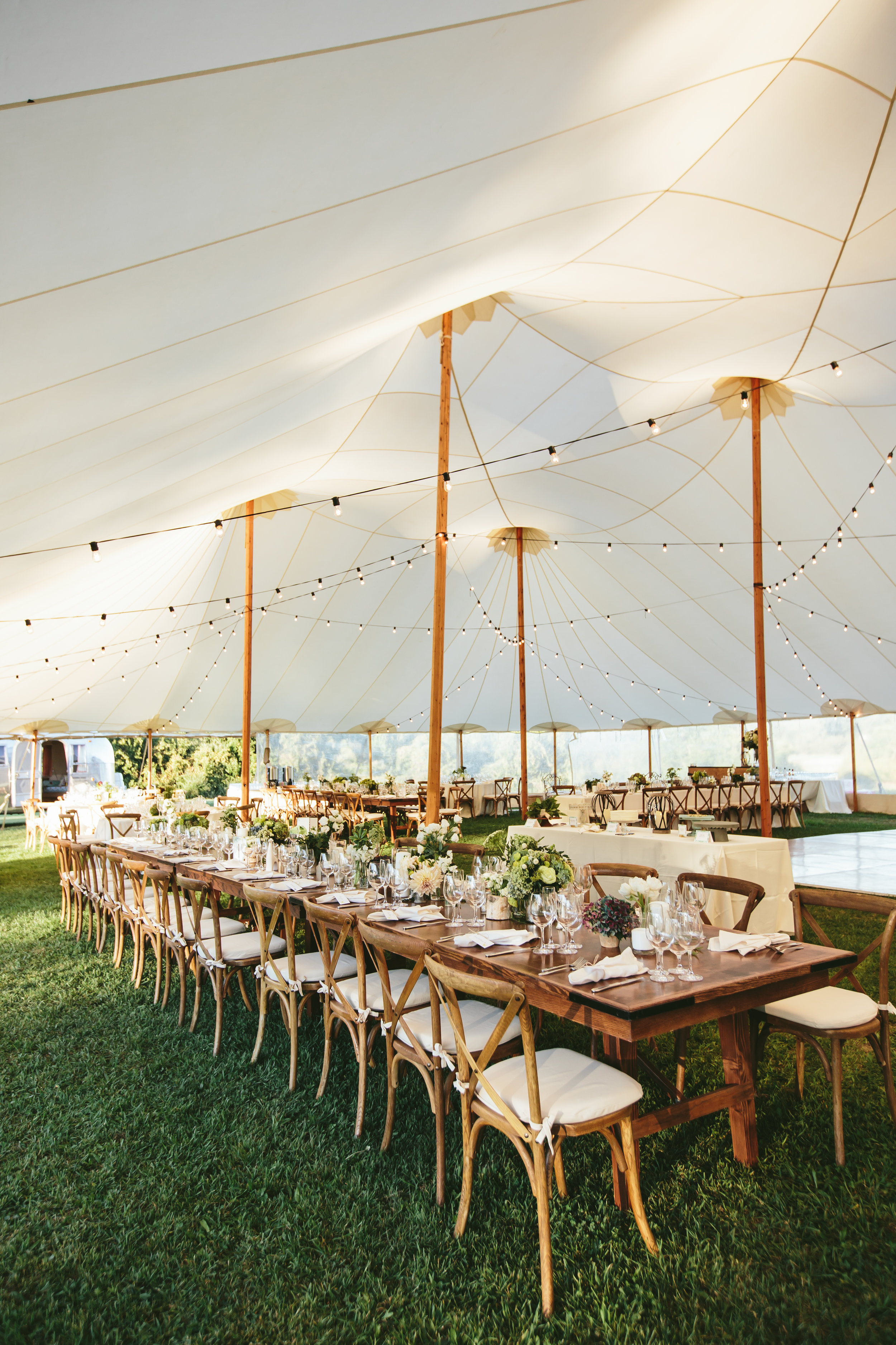 hudson-valley-farm-weddings-pioneer-farm-weddings-warwick-ny-beautiful-outdoor-reception-area-tent.jpg