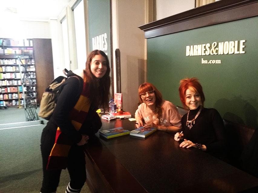 Me meeting Lindsey and Brooke