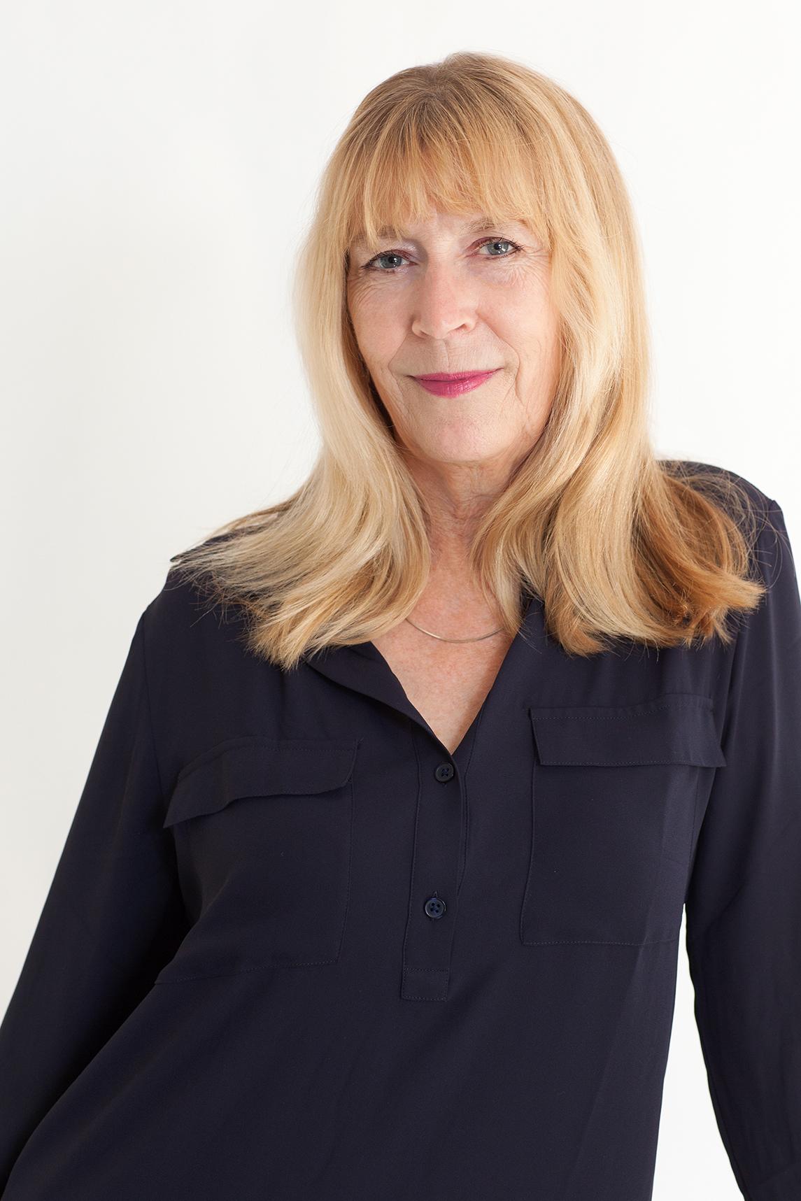 Ann Simmons, PhD, LCSW<br>Psychotherapist