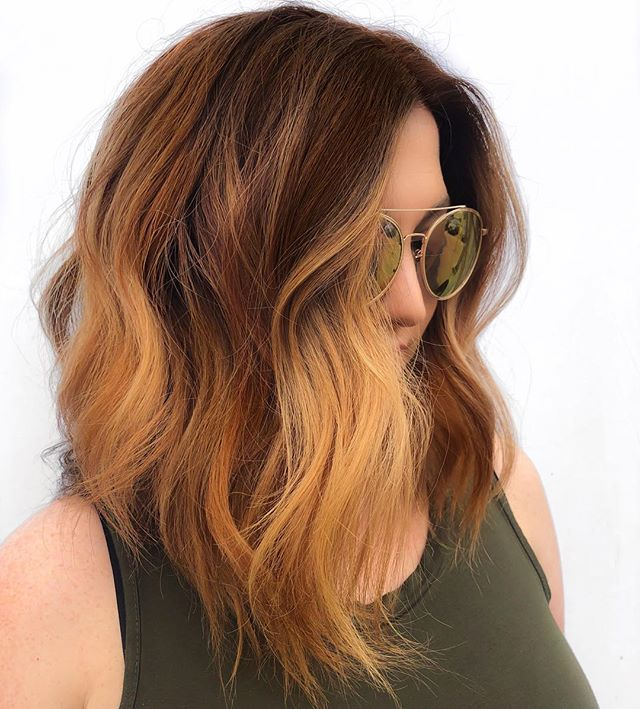 Muted ginger 🤤  Used @lanzahaircare 5cg, 6n I'm roots  And 7nc+7cc pulled on mids. Left her balayaged blonde non toned. 👩🏻‍🔬 chemistry.  #behindthechair #modernsalon #americansalon #gingerhair #redhair #copperhair #houstonhairstylist #pearlandhair #shorthairstyles #balayage #lanzalove #glossboss