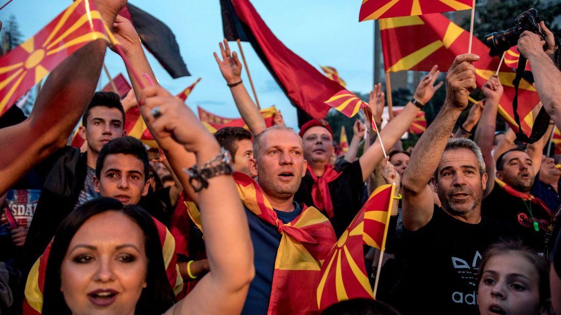 skynews-macedonia-greece-name_4334620.jpg