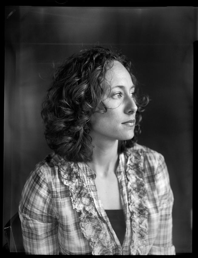 Ashley Johnson of A Bryan Photo.