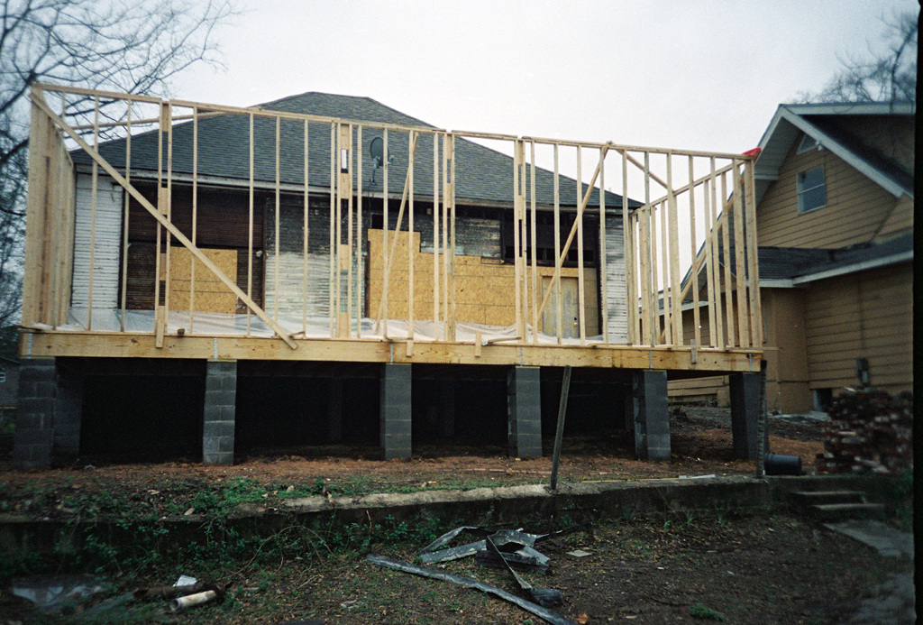 ContentImage-11221-275809-house_back.jpg