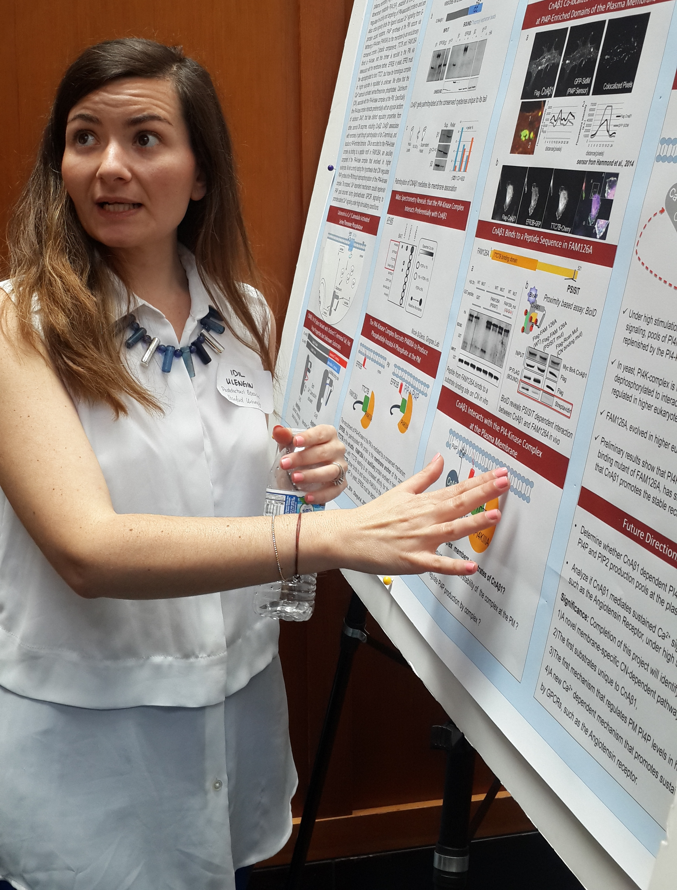 - Idil presents a poster at ASCB's Bay Area Meeting on Organelle Biology (BAMOB).
