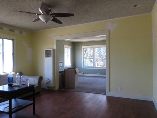 Living Room-Before.jpg