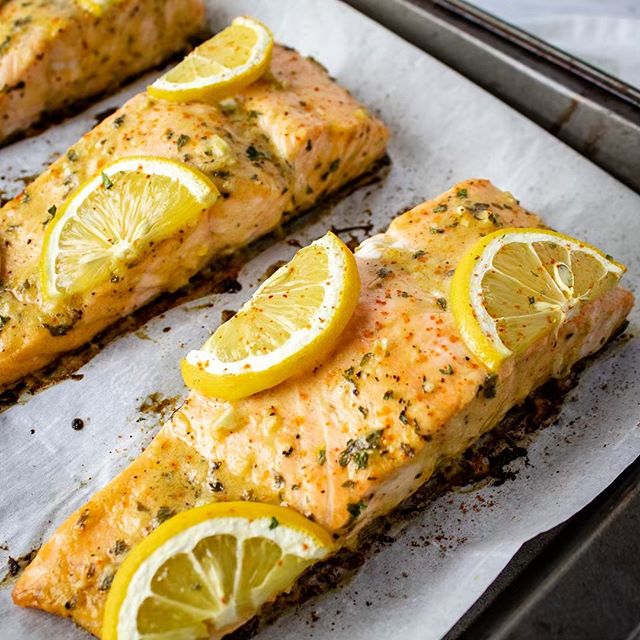 Winter is HERE y'all! Make this bomb Dijon Lemon Salmon dinner tonight as we prepare for the most epic Game of Thrones episode in history! It'll make us feel a little better as we watch all of our favorite characters succumb to the wrath of the Night King! ❄️😩 #gameofthronesnerdalert