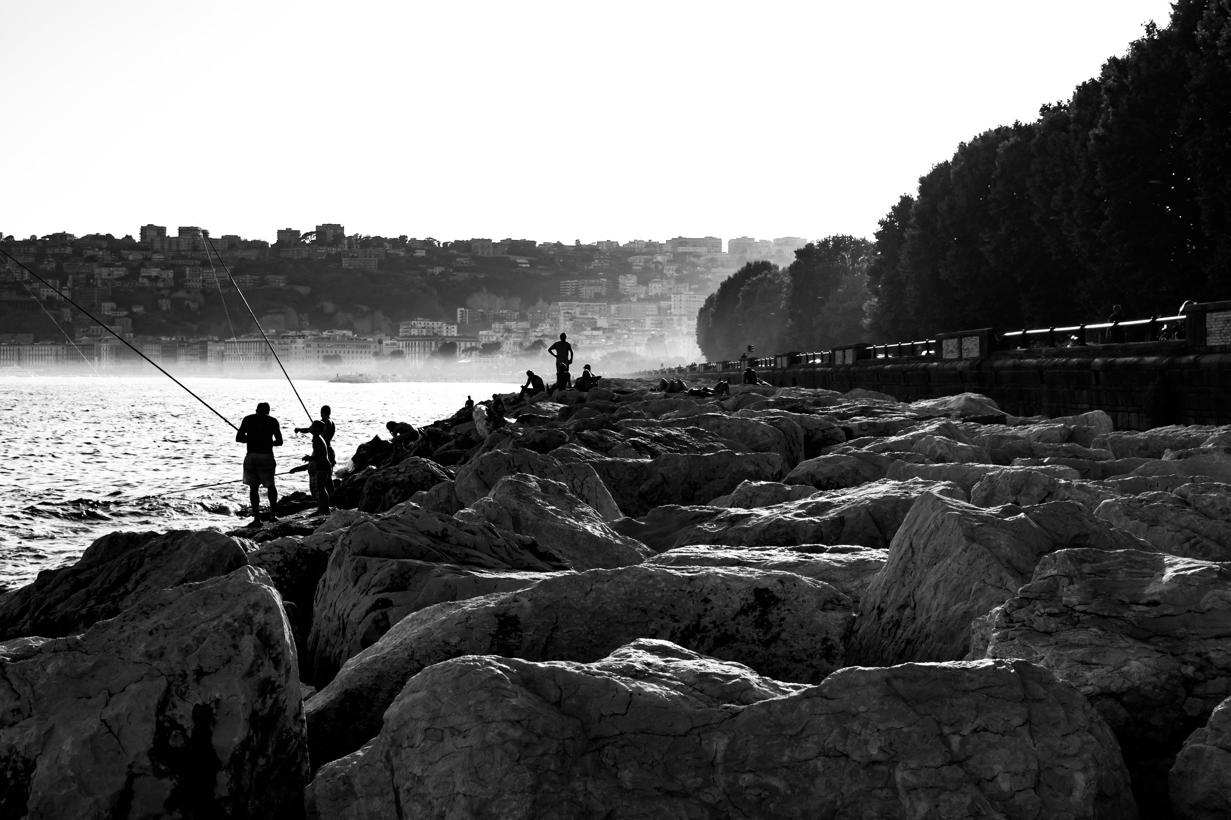FISHING ON THE COAST OF NAPLES IN BLACK AND WHITE