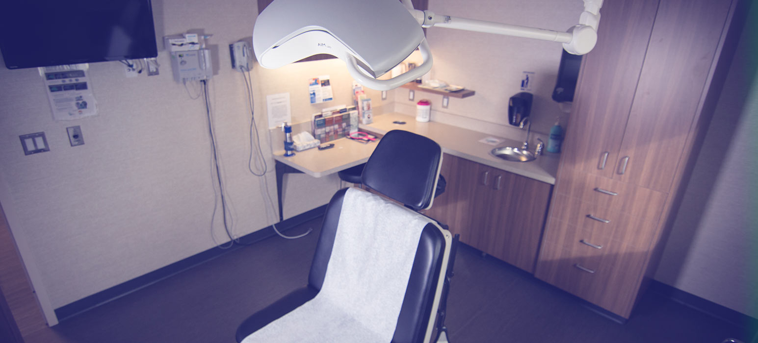 EXAM ROOM   We have three exam rooms, fully equipped and with sufficient work space. All exam rooms are serviced by a wireless web link allowing for remote data entry into most web eCRF applications.
