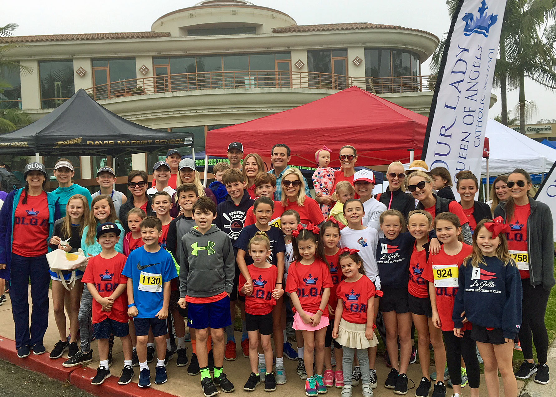 """""""Dash for Cash"""" fundraiser - Visit Stu News Newport to learn how all schools may share in Spirit Run's fun and funds."""