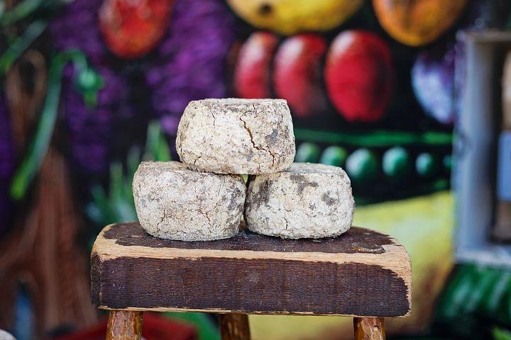 cheese-1433523__480.jpg