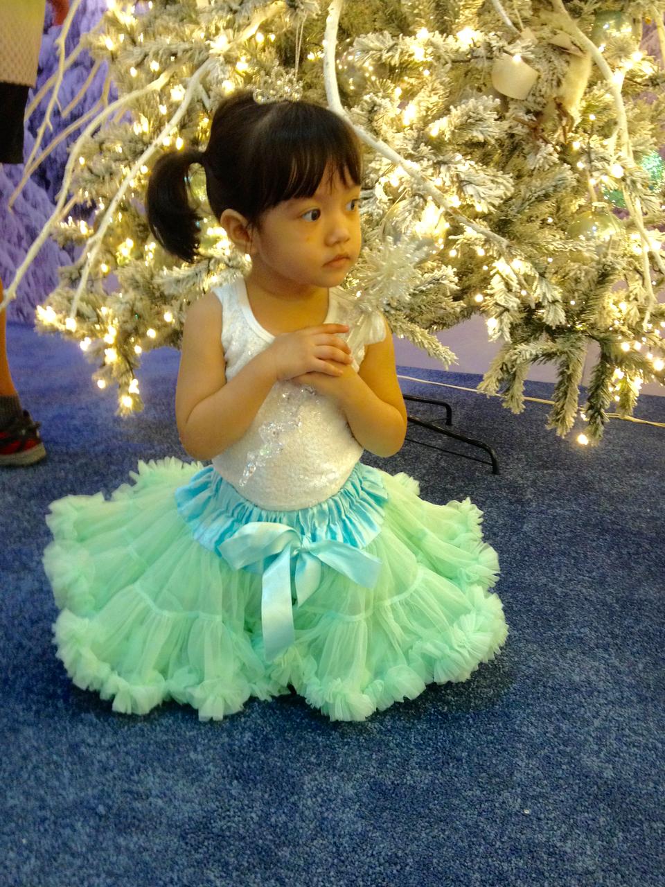 snow-queen-costume2.png
