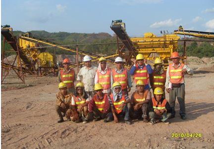 The Phu Bia team