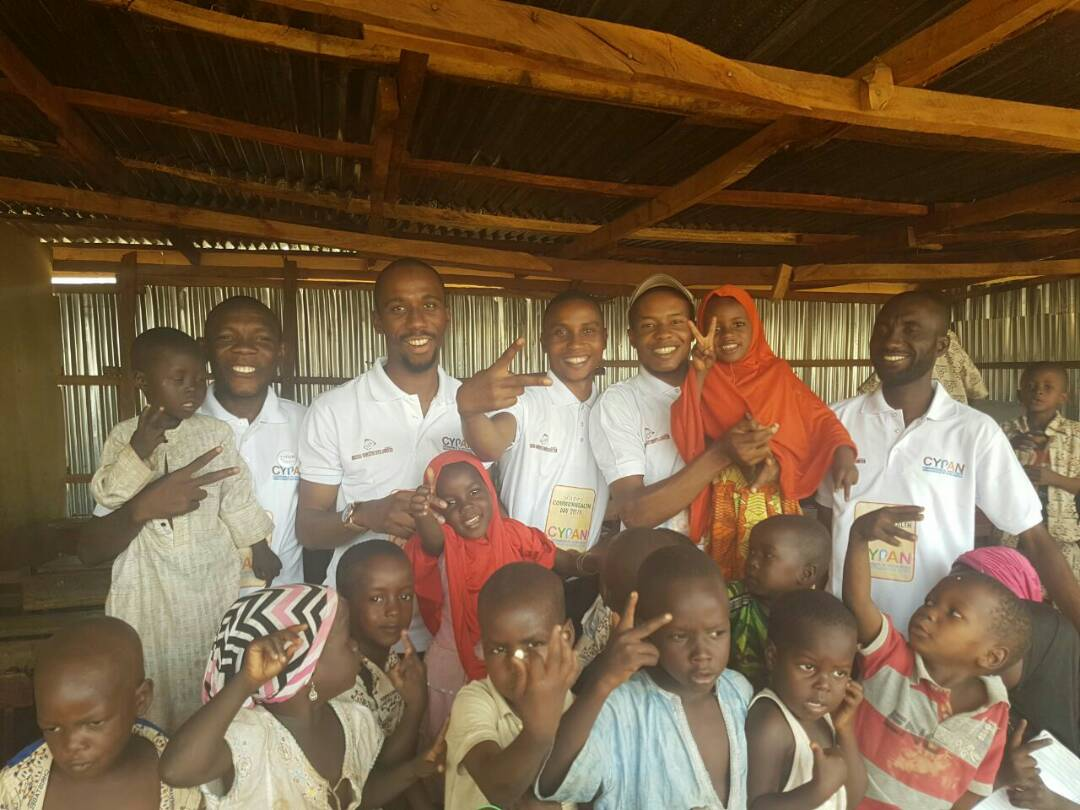 Odunze team visited the Internally Displaced People's Camp. They Commemorated the Commonwealth day by spending time with the children and providing them with gift.