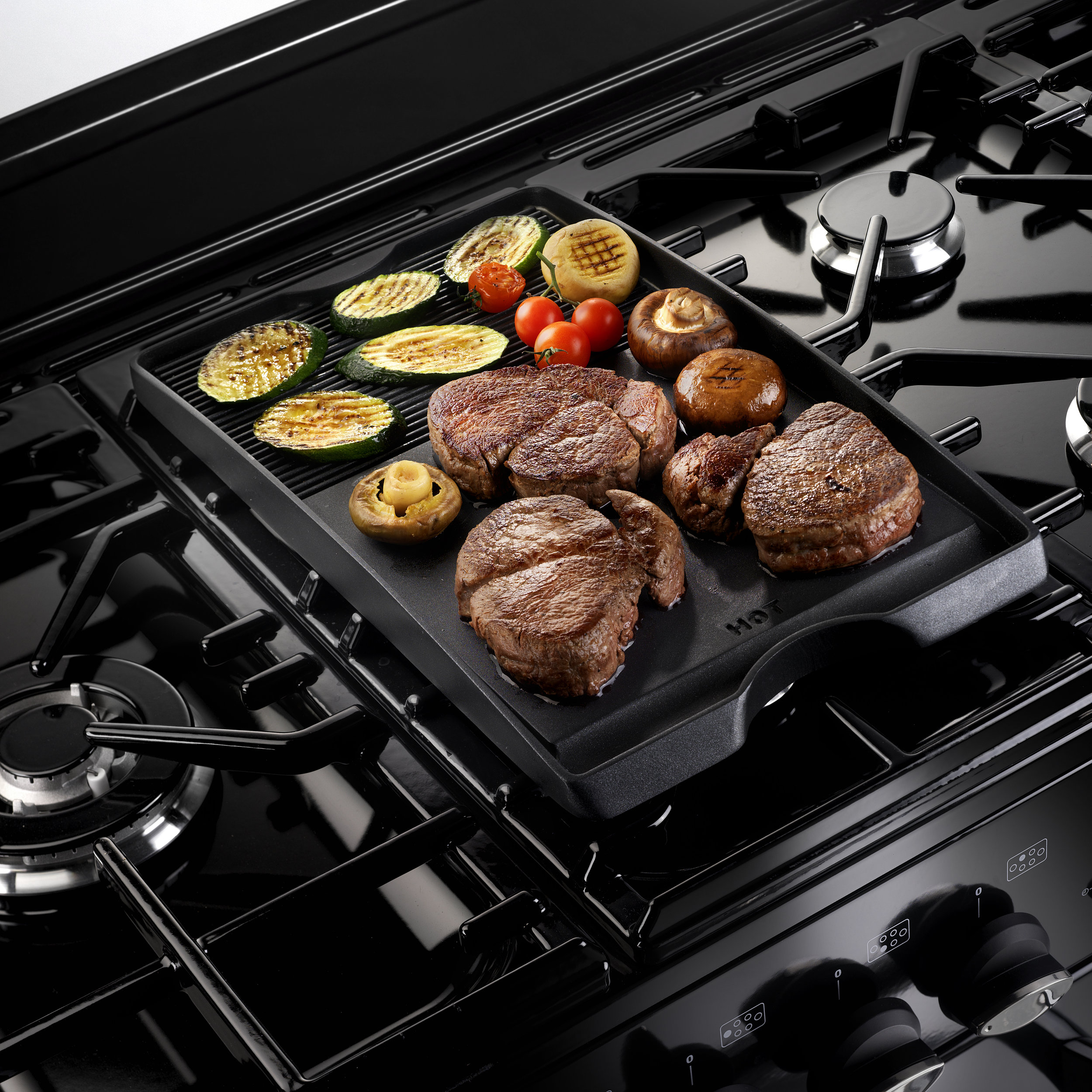AGA_Masterchef 110_BLACK_Griddle_1.jpg
