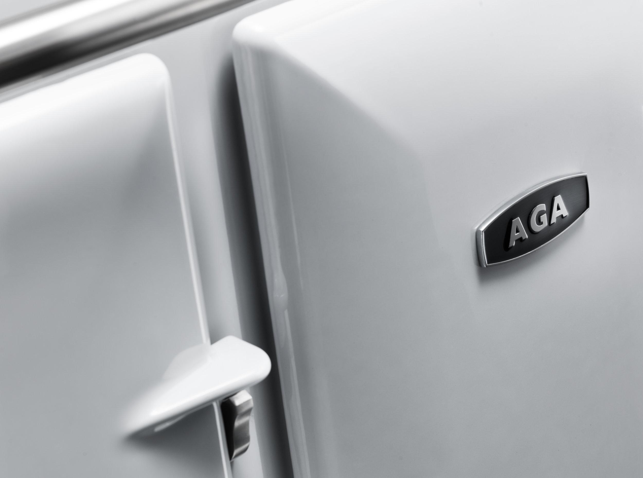 AGA 90 Close up 04.jpg