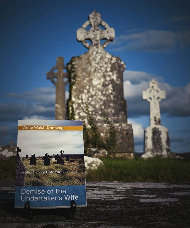 Launch day is nigh! So very thrilled to share a wee peek at Anne Walsh Donnelly's wonderful debut short story collection 'Demise of the Undertaker's Wife', with cover photography from my Falling Stones collection. Anne will be reading at GMIT Mayo in Castlebar, 7pm on October 16th. It's going to be a fantastic evening! Buy your copy here 👉https://annewalshdonnelly.com/ #irishphotography #irishshortstories #irishfiction #newreleases #lovemayocampus #shortstorycollection #demiseoftheundertakerswife