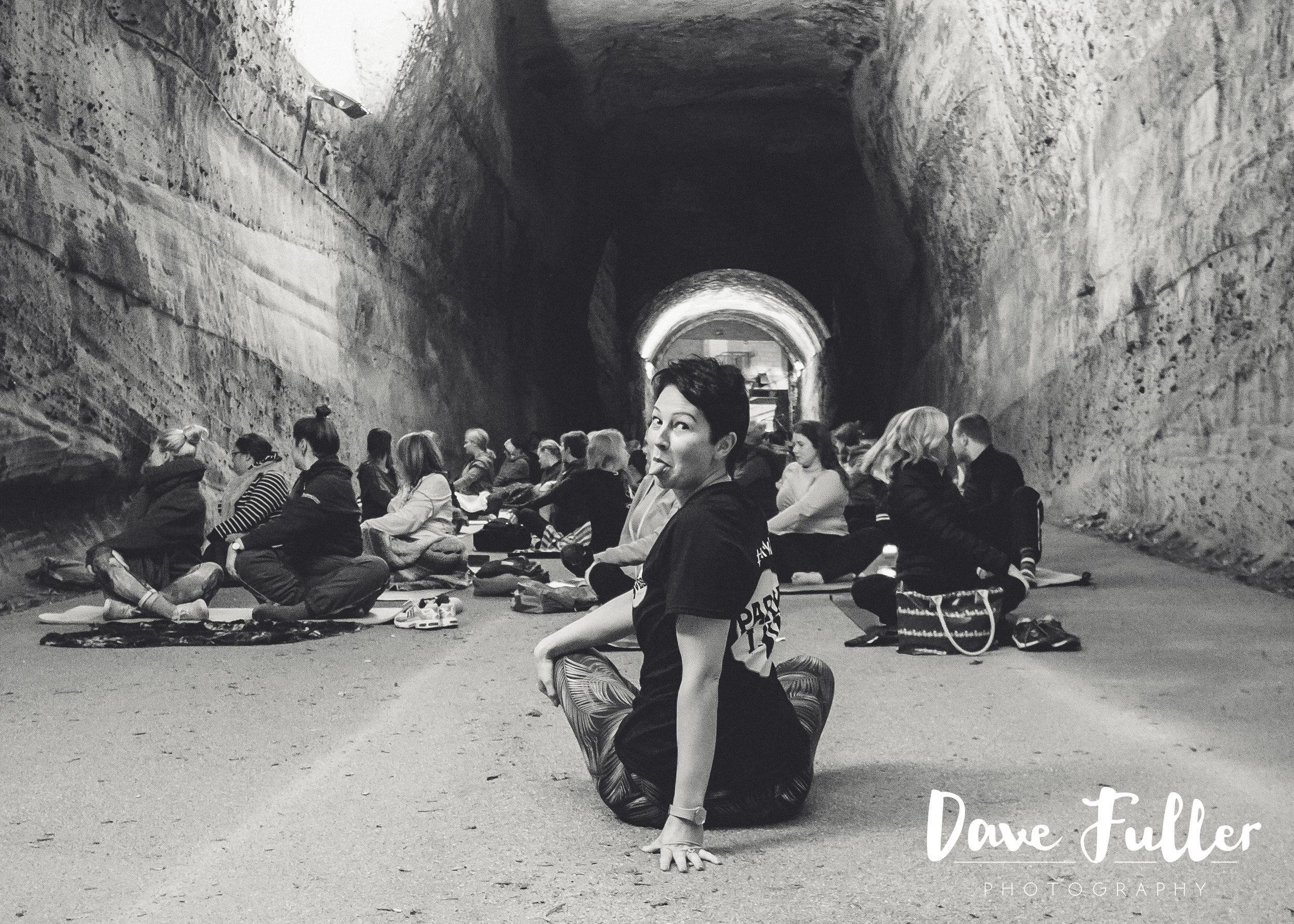 Tunnel yoga-27.JPG