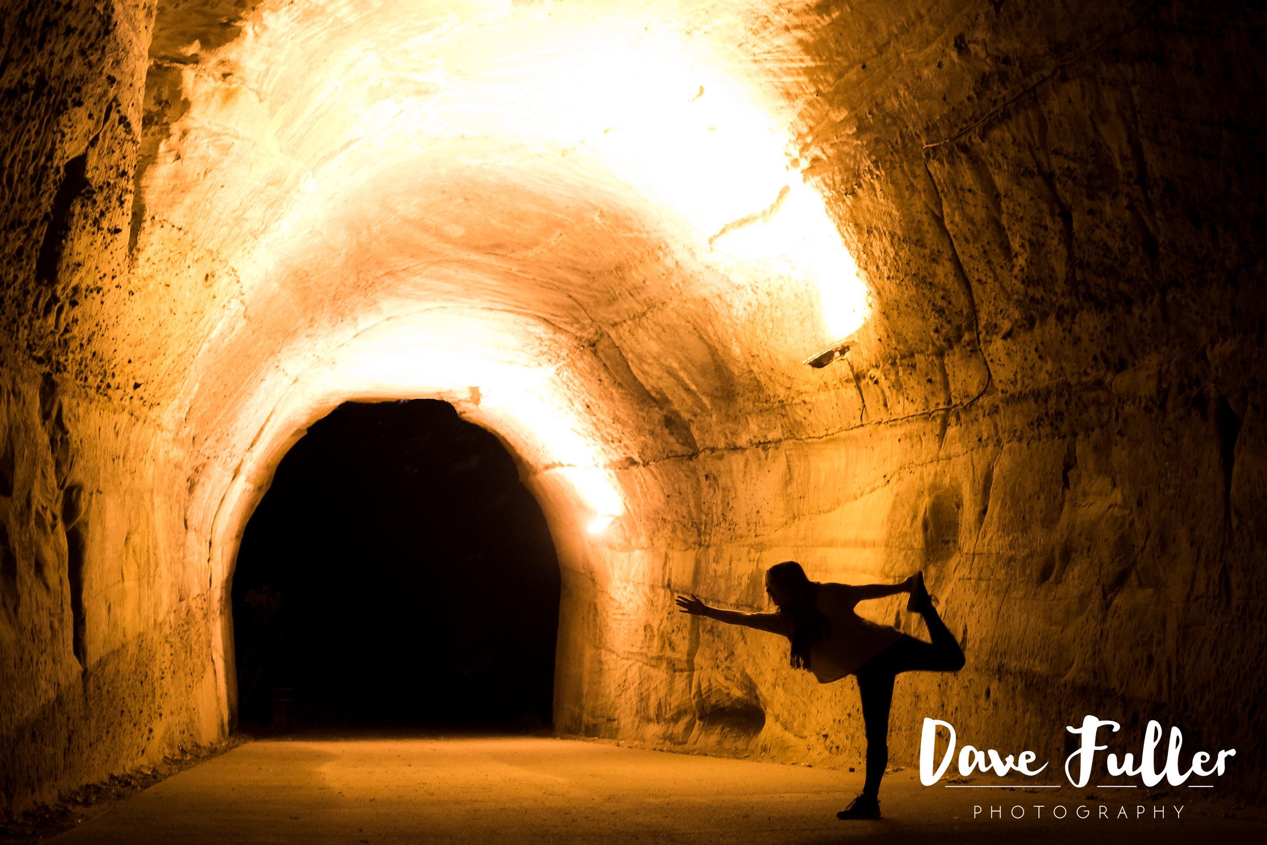 Tunnel yoga-1.JPG