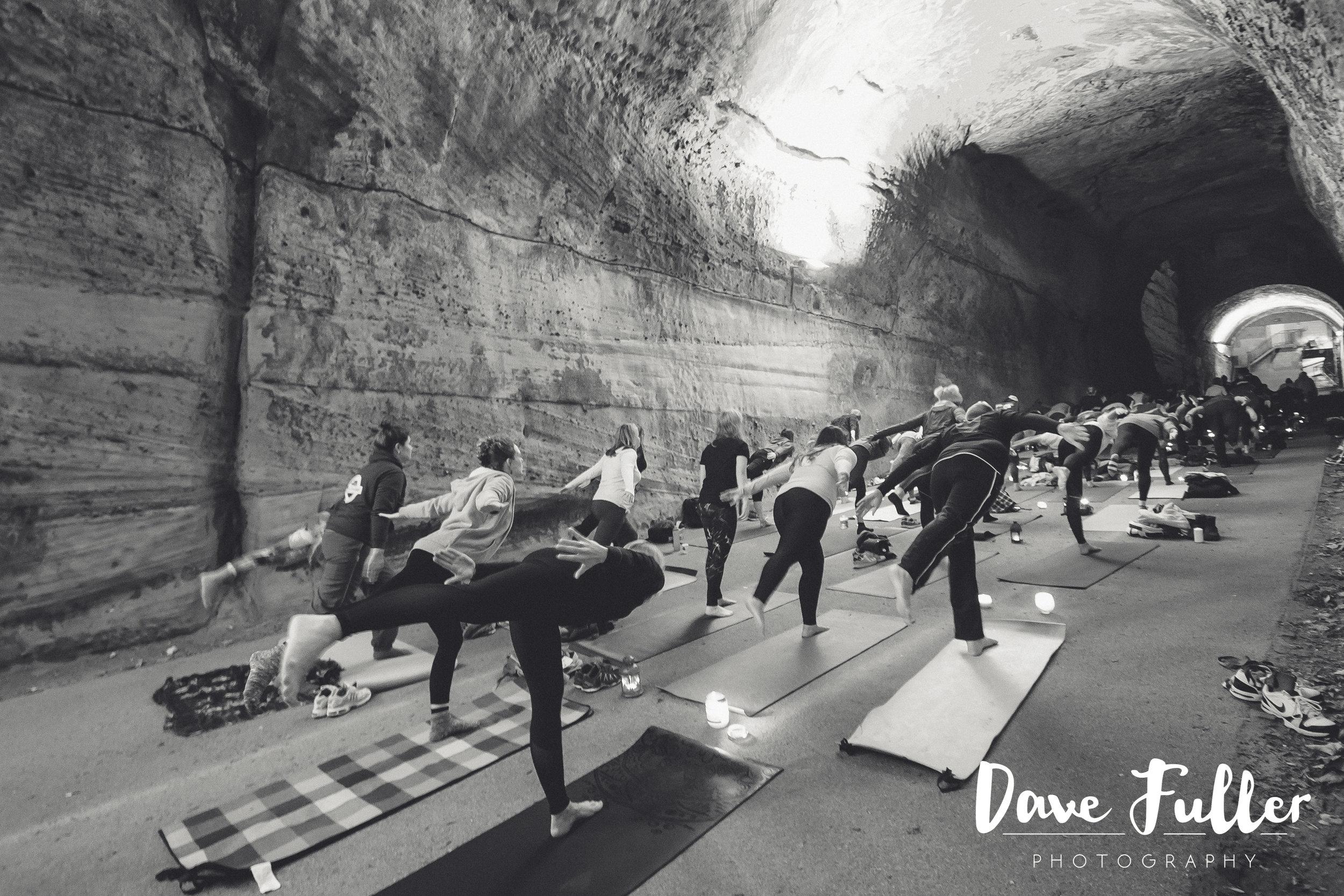 Tunnel yoga-15.JPG