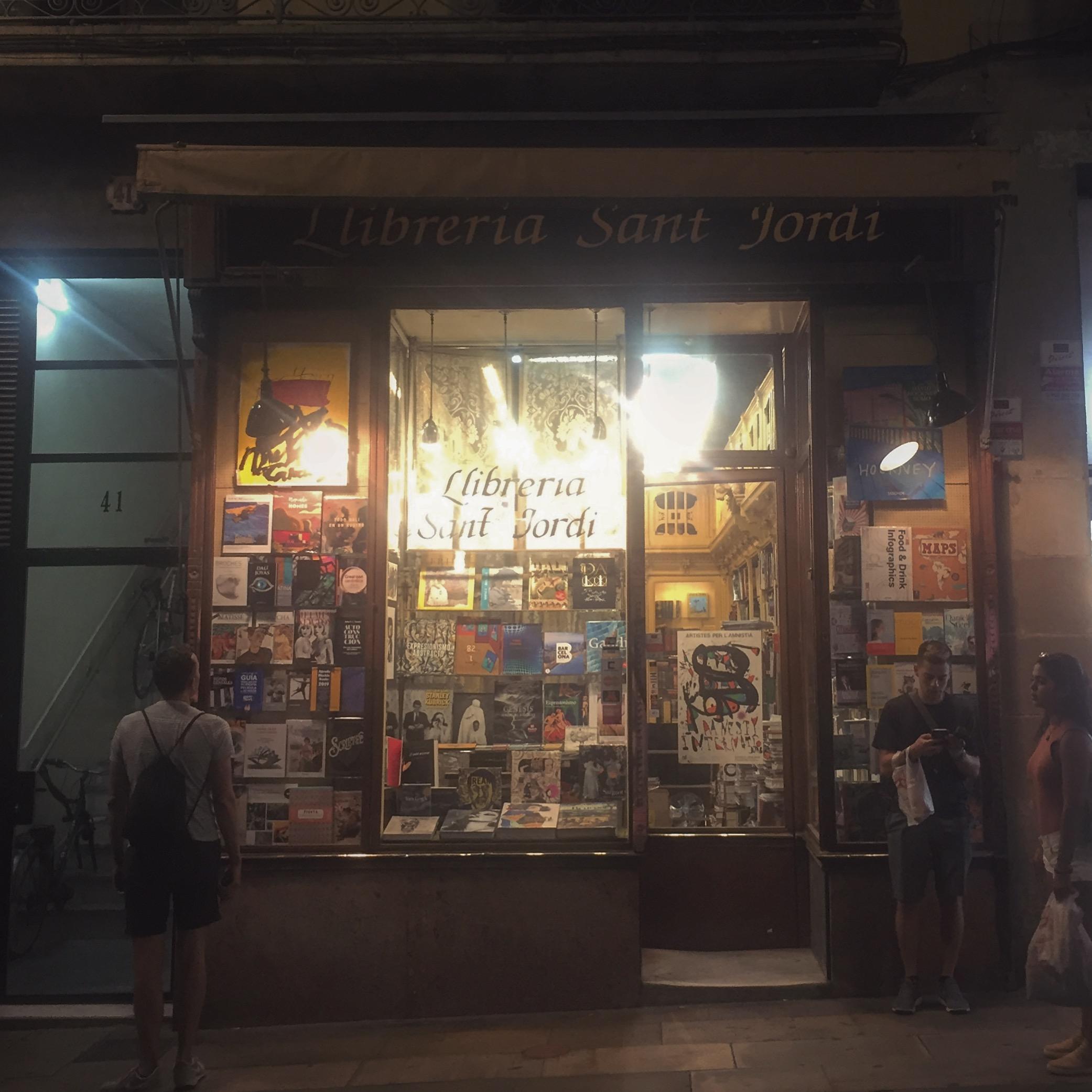 libreria .JPG