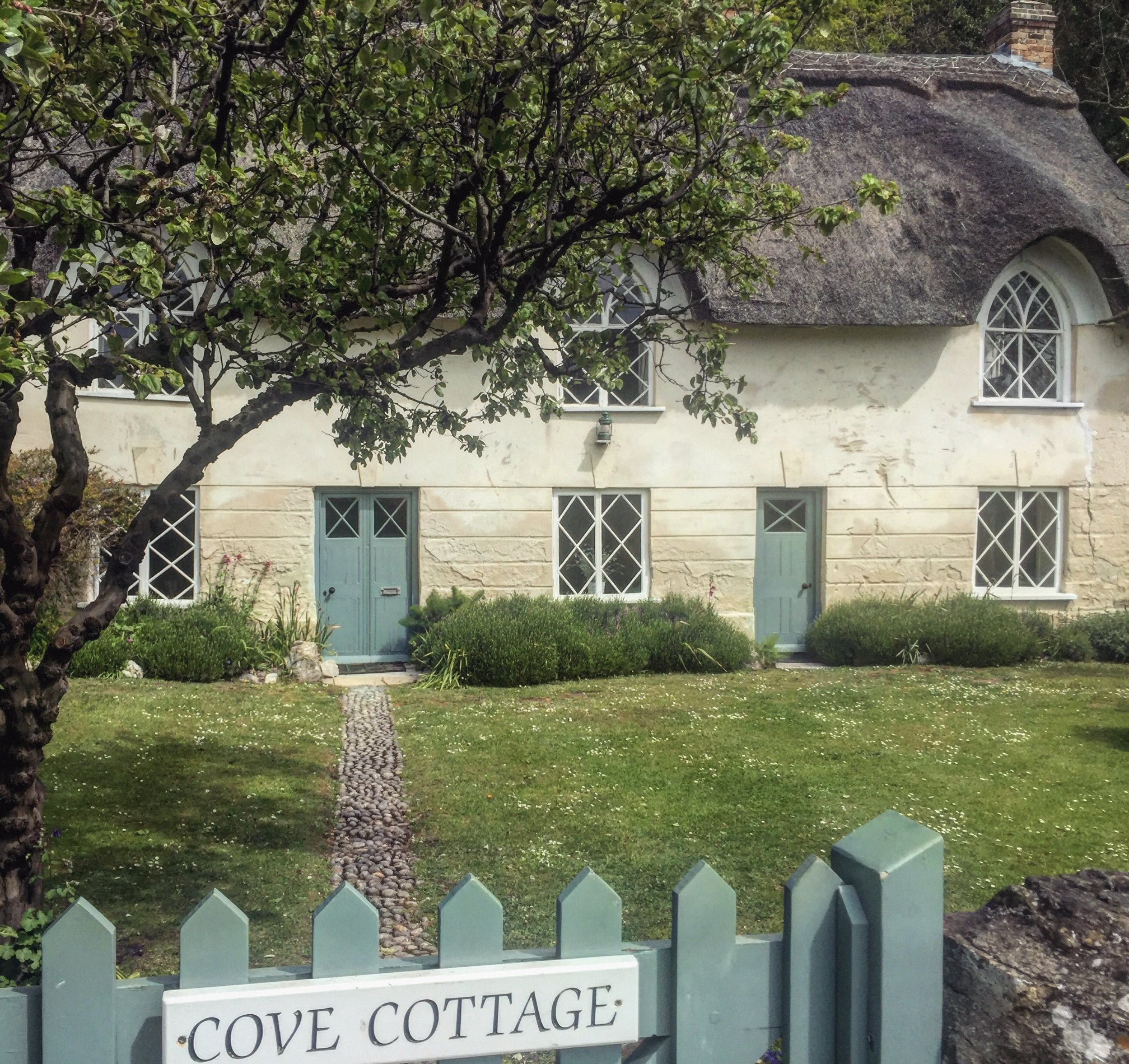 COVE COTTAGE .JPG