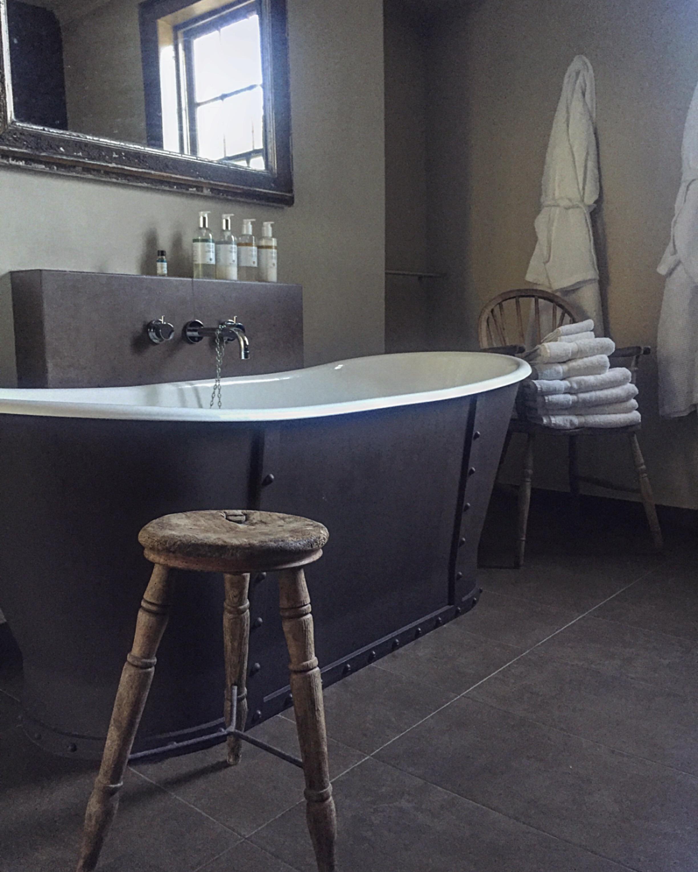bath 2 .JPG