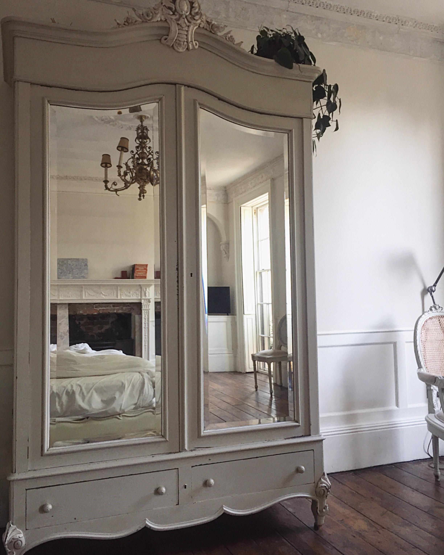 armoire .JPG