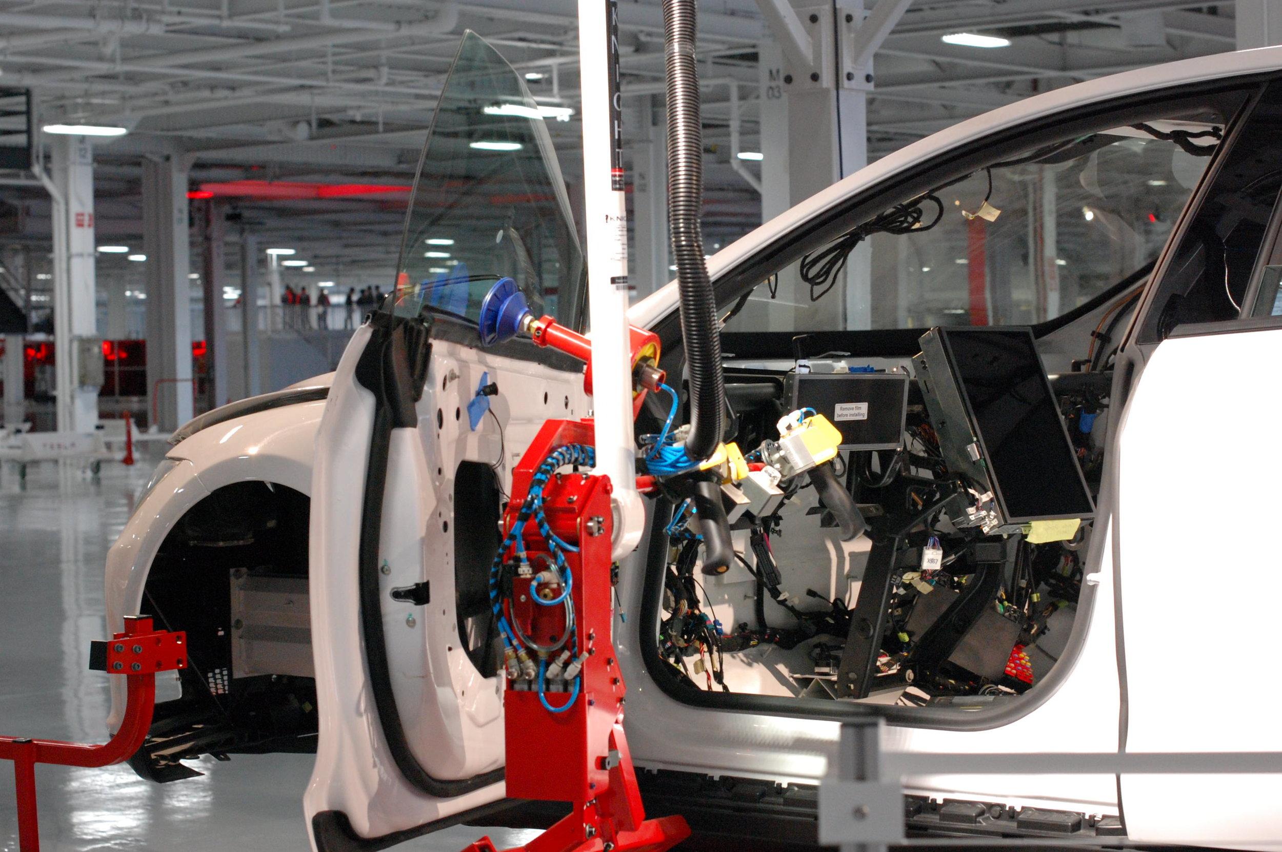 (CC)  Maurizio Pesce Tesla Factory