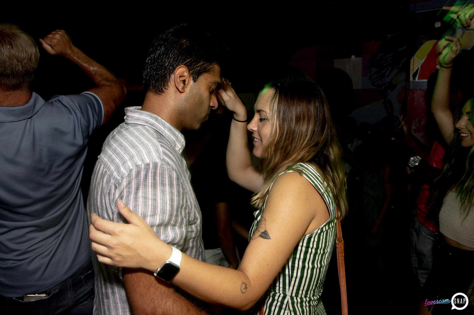 Lovescam-08.17- -17.jpg