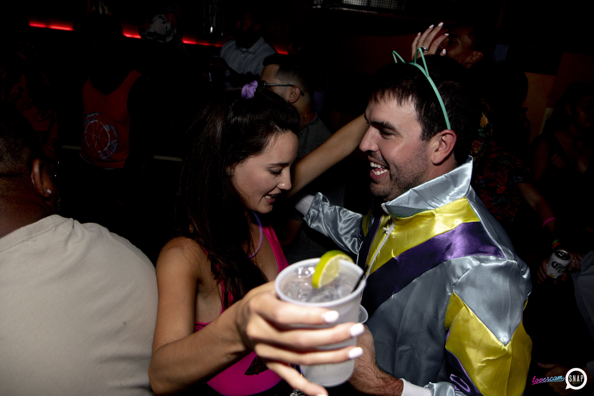 Lovescam-08.17- -40.jpg