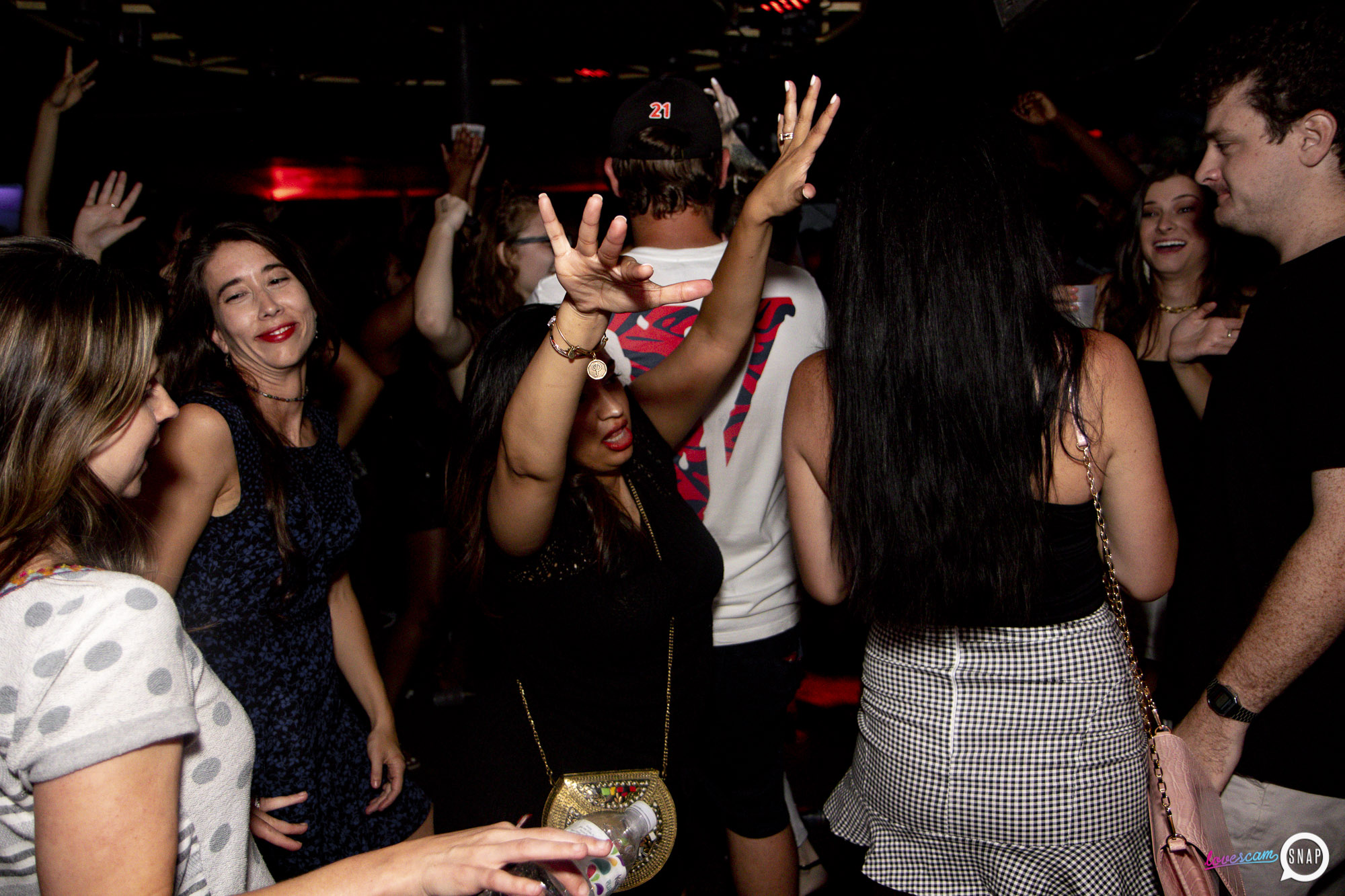 Lovescam-08.17- -55.jpg