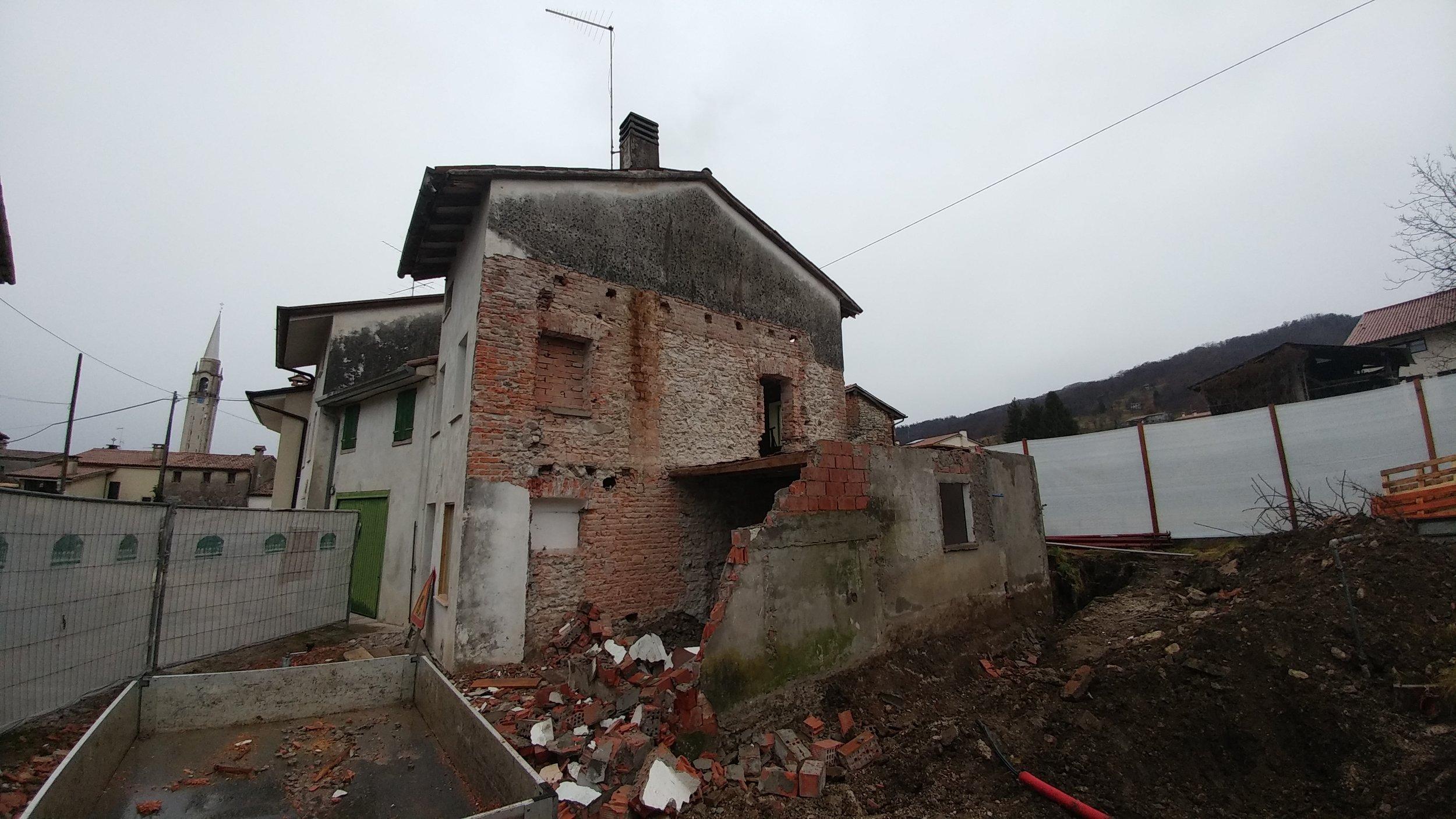 edifici-di-paglia-italia-comprare-un-rudere-conviene.jpg