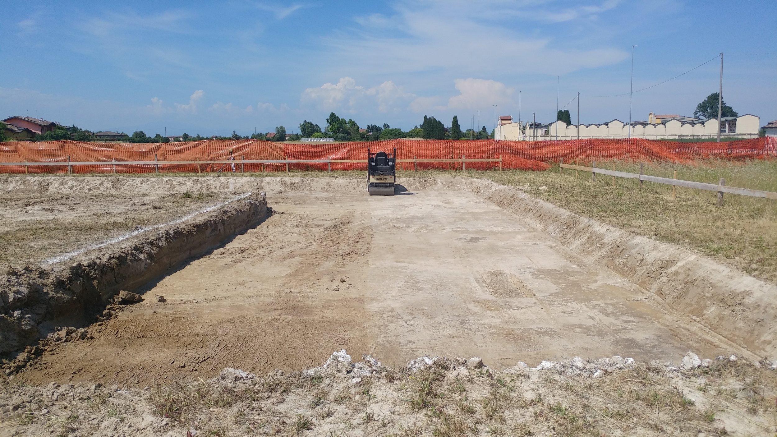 Il livellamento del terreno dopo lo scavo