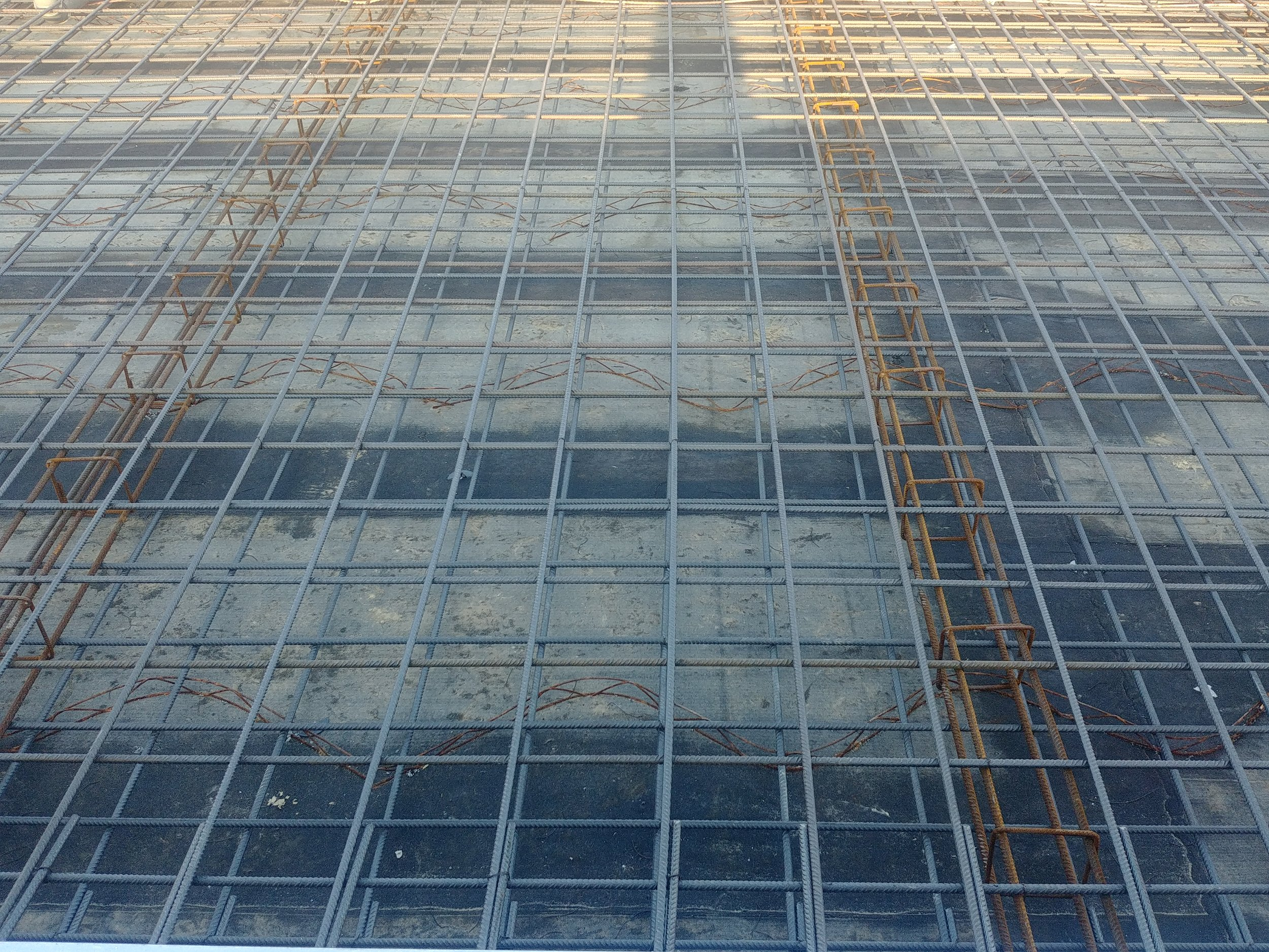 Ar,matura della platea prima del getto del cemento