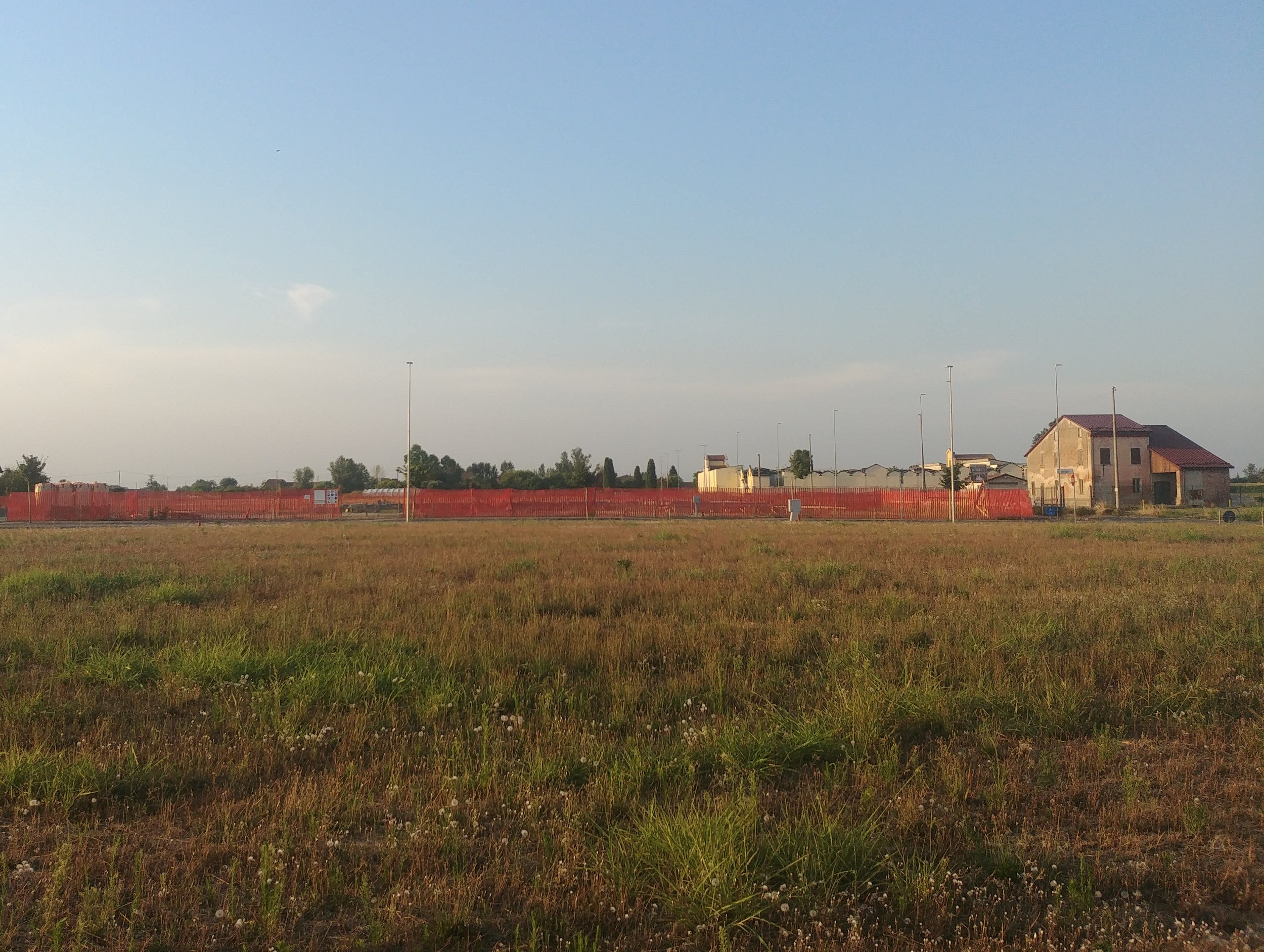 Vista del cantiere durante la realizzazione delle fondazioni