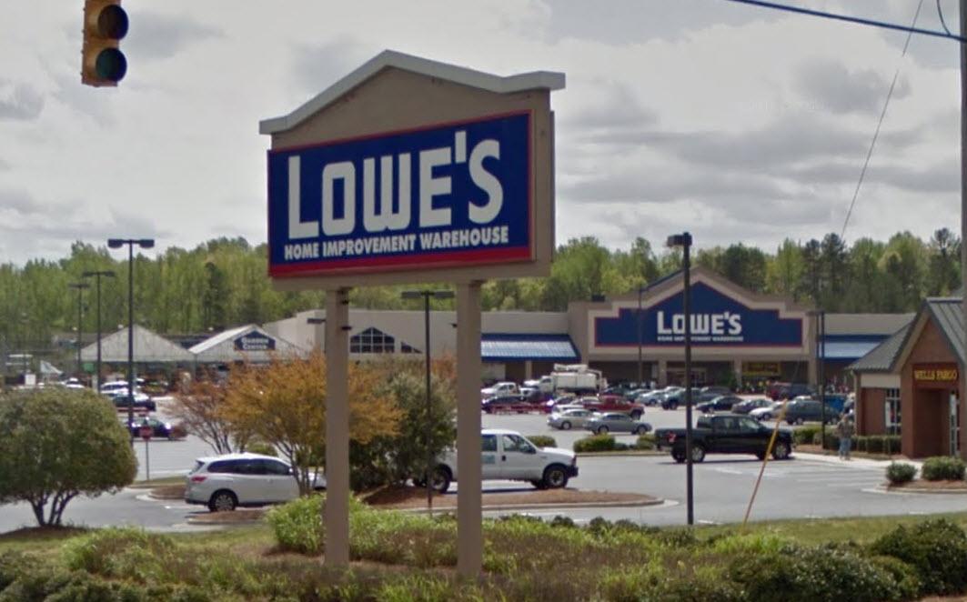 Lowes (Single Tenant Leased Asset), Charlotte, North Carolina