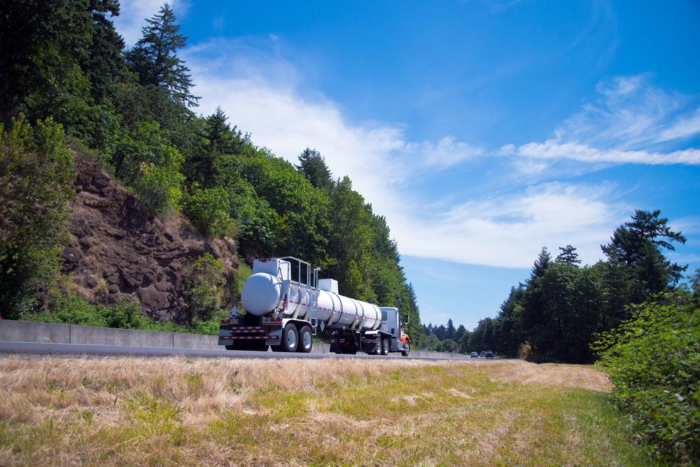 liquid dispatch tank truck