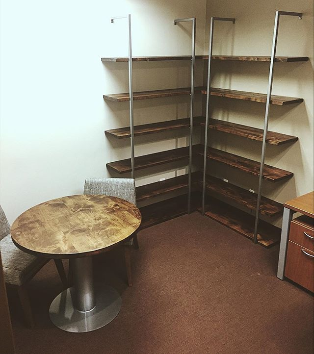 New modern industrial furniture and shelving installed in an office at @jamesriver today! . . . . . . #modern #officefurniture #industrialfurniture #alder #office #modernoffice #metalandwood #springfieldmo #springfieldmissouri #grizzlymakers #customfurniture #minimalism #midwest #woodworking