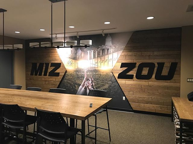 We recently helped to update the University of Missouri's women's volleyball team room, partnering with the talented designer, @curnuttec! We were able to incorporate a large dining table, two sofa tables and these amazing custom, one-of-a-kind wall panels. . . . . . . #columbiamissouri #universityofmissouri #customfurniture #como #columbiamo #maker #woodworking #missourimade #miz #interiordesign #customwoodworking #handmadefurniture @mizzou @mizzouathletics @mizzouvb