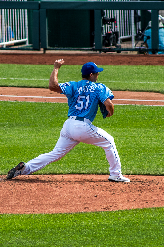 Jason Vargas has been a very important part of this organization for the last 4 years, and 2017 was the best. Vargas won 18 games as a starter for the Royals in 2017 and I was pleased to watch him pitch his last game as a Royal. It didn't go as well as planned, lasting only 4 innings and giving up 6 earned runs, but it was fun to watch him anyway.