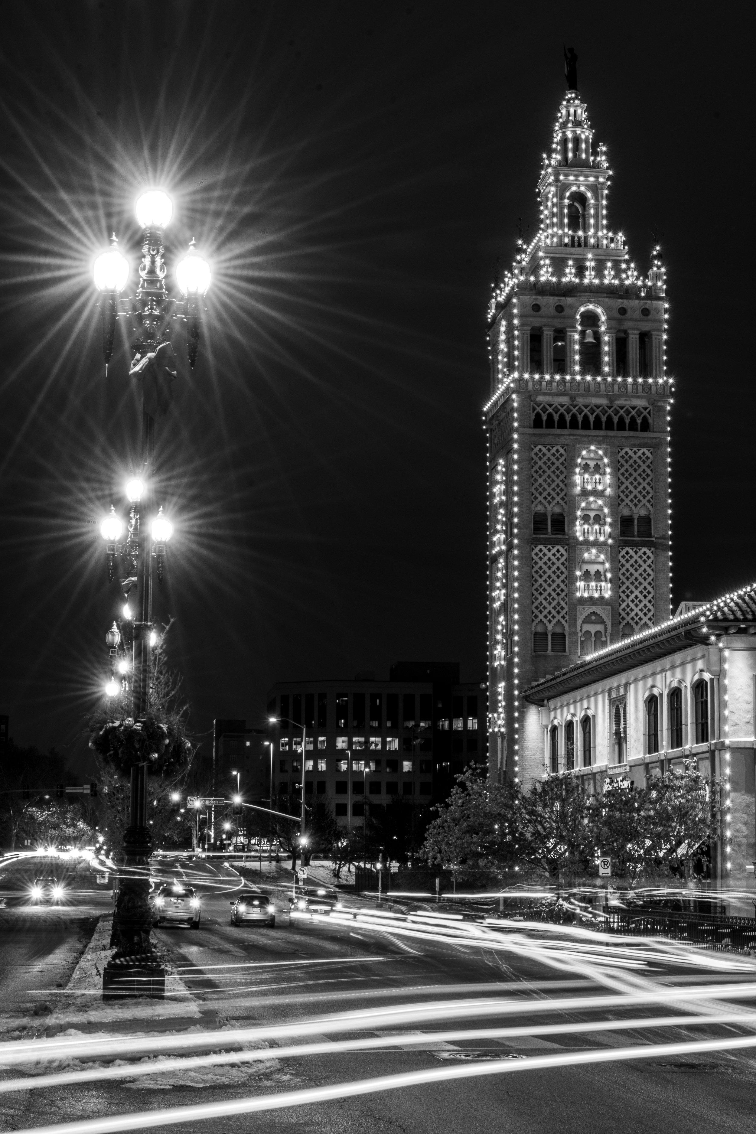 christmas-in-kansas-city-28-of-70_45351429924_o.jpg