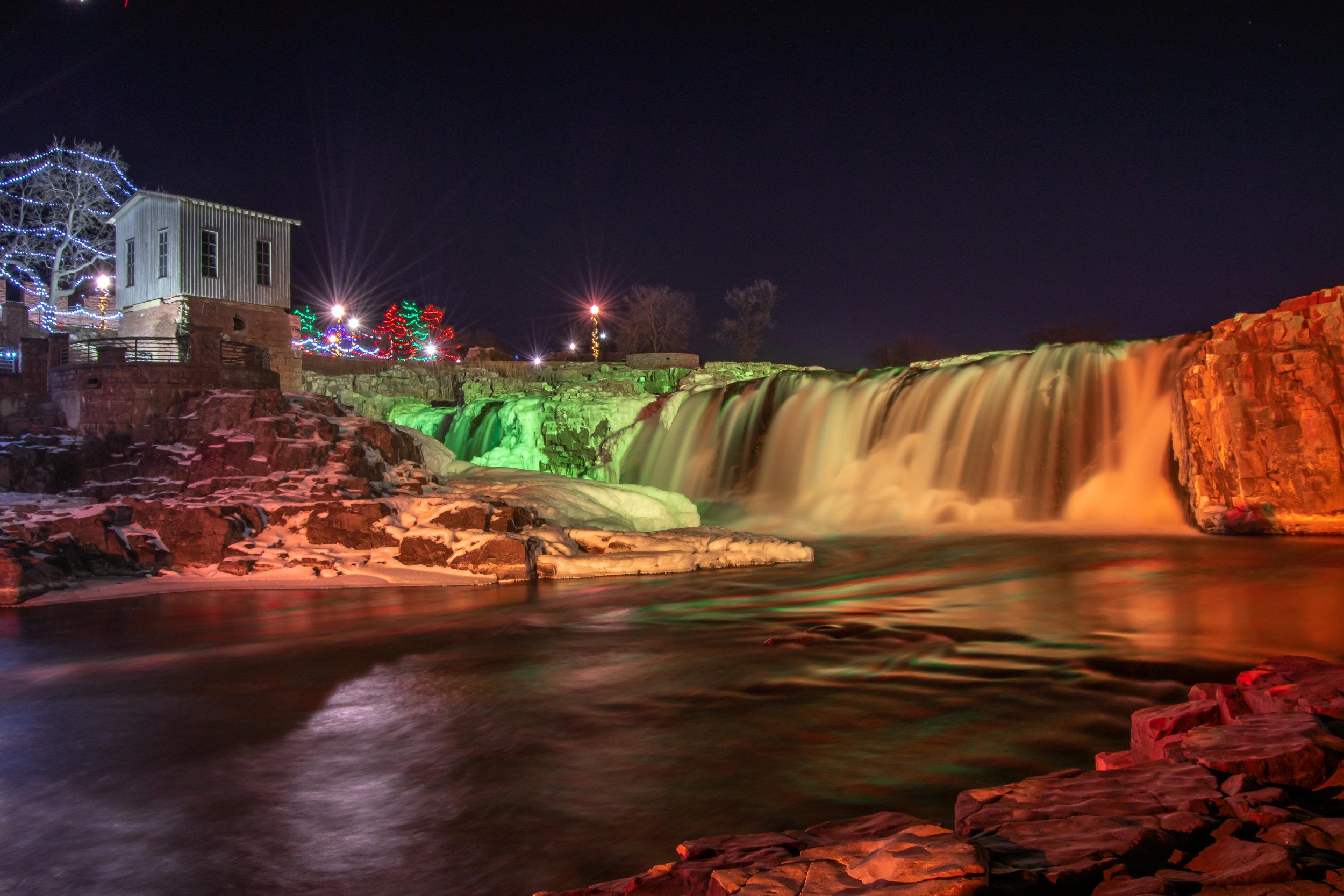 Falls Park (6 of 10).jpg