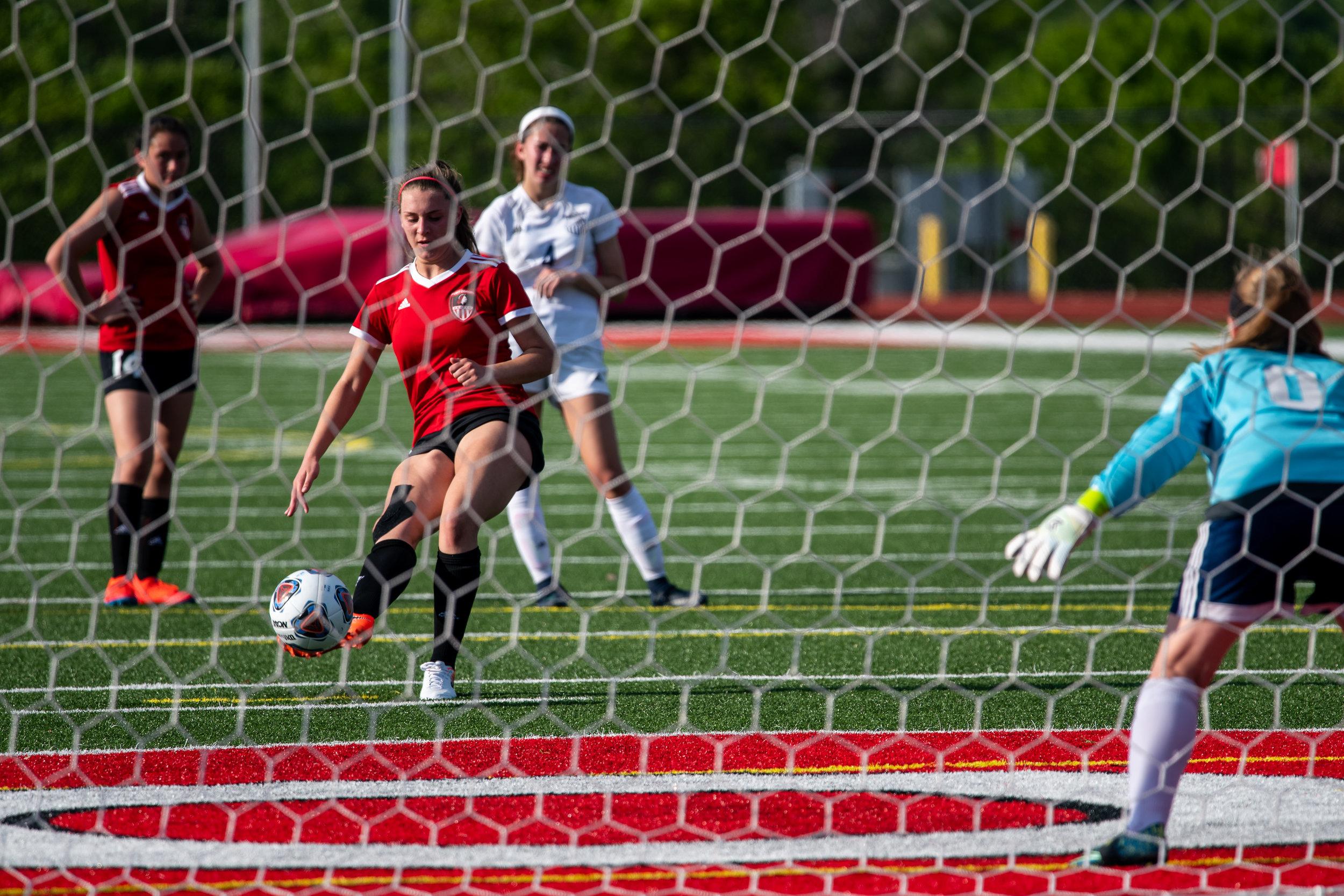 fort-osage-girls-soccer-vs-truman_40888184773_o.jpg
